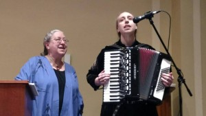 Laz Tiyas performing in 2019